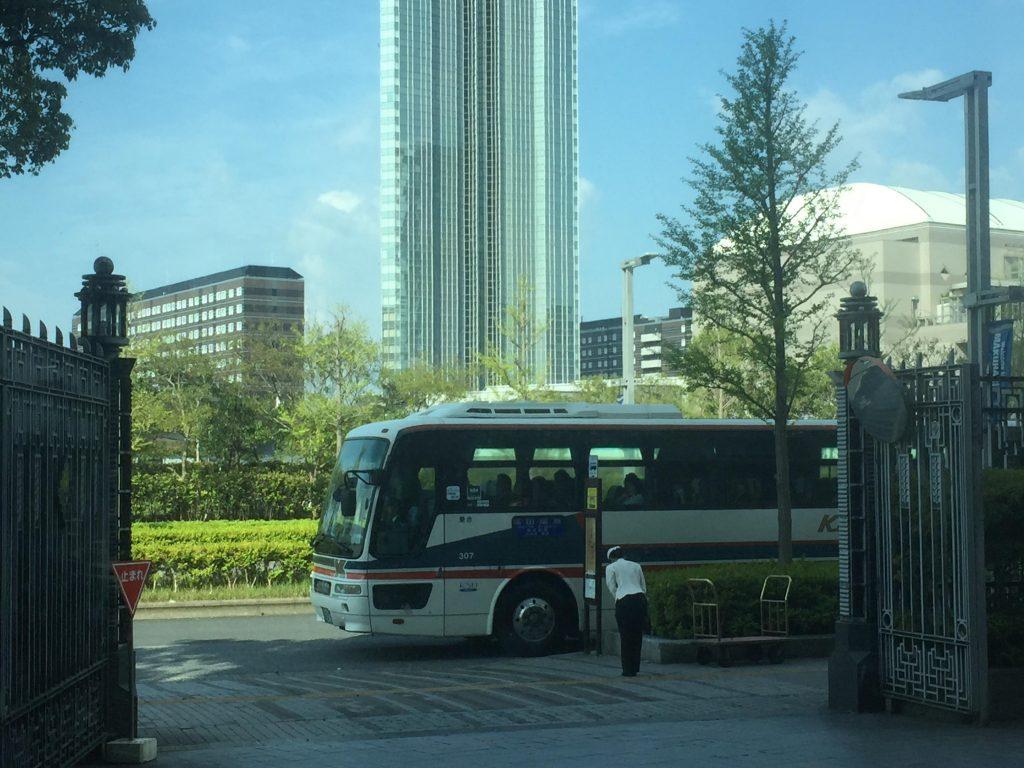 ホテルザマンハッタンのリムジンバス